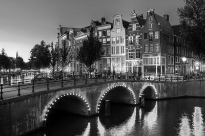 panorama-miasta-w-nocy