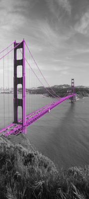 rozowy-most-golden-gate-i-szary-krajobraz