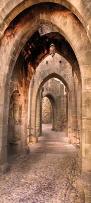 kamienny-korytarz