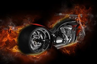 motocykl-w-plomieniach-na-sciane