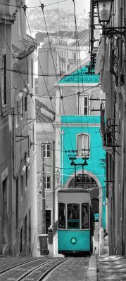 turkusowy-tramwaj-w-barcelonie