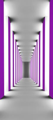 szary-korytarz-i-fioletowe-kolumny