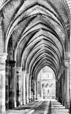 gotyckie-kolumny