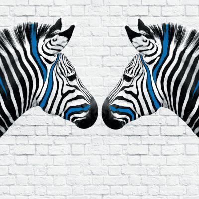 zebry-na-ceglanej-scianie