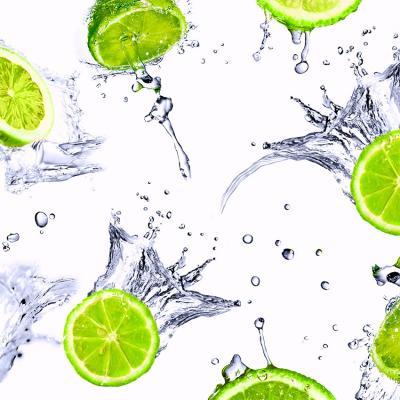 soczyste-limonki-w-wodzie