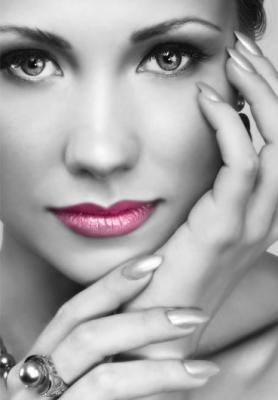 grafika-kobieta-rozowe-usta